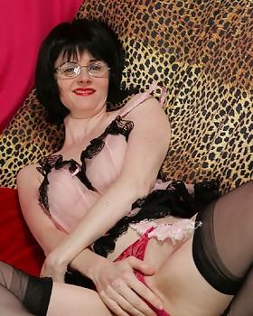Sybian stocking slut, Julia the Seductive Teacher